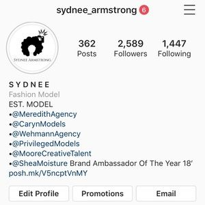 FOLLOW YOUR POSHER ON INSTAGRAM @Sydnee_Armstrong